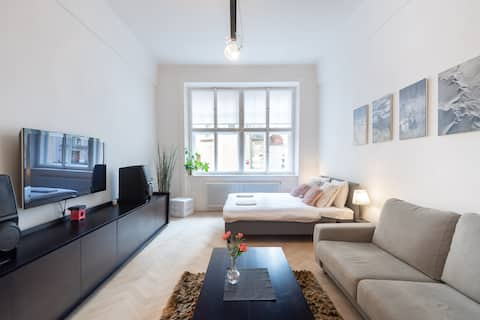 Cozy Apartment in The Center of Old Town