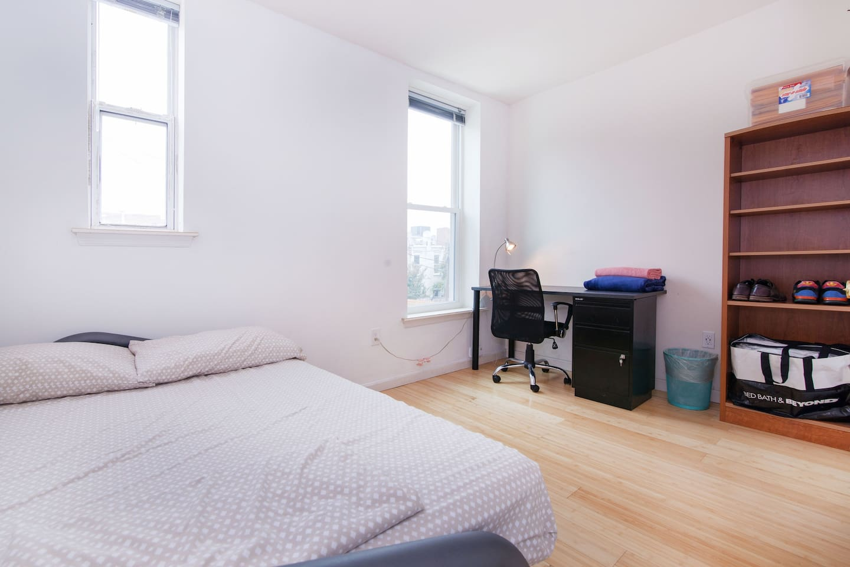 Small Row House in LeDroit Park