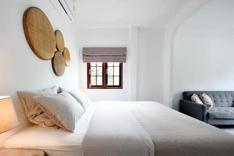 Li' s Room 1