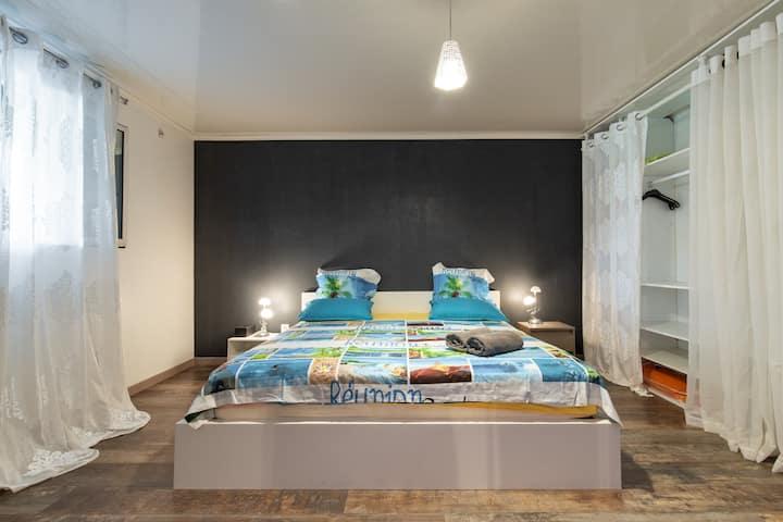 Grande chambre chez Ti Kaz' Hoareau