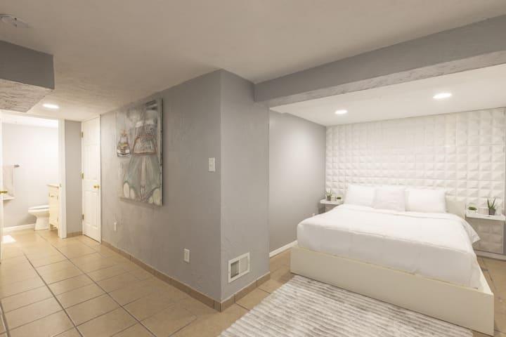 Guest Suite w/Private Bath & Separate Entrance