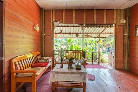 Lè Mariza Deluxe Whole house Riverside ChiangMai