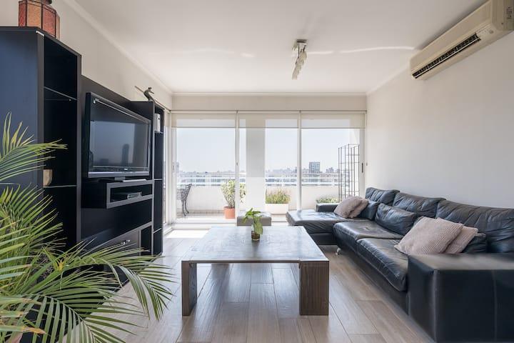 Luminous 22th floor 3 bdr apartment in Palermo