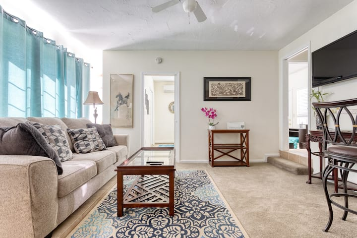 PEACEFUL PRIVATE GUEST SUITE WITH CAL KING BED