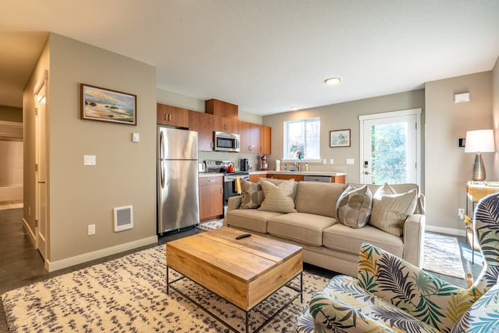 Private Two Bedroom Woodlawn Guest Suite