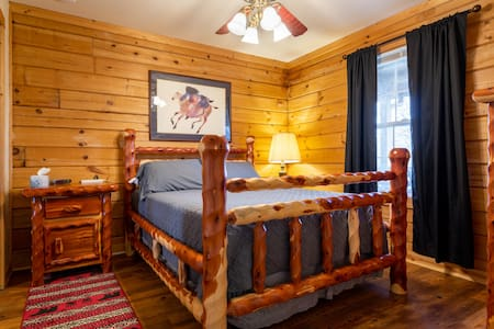 Valentine Drive Cabin #3