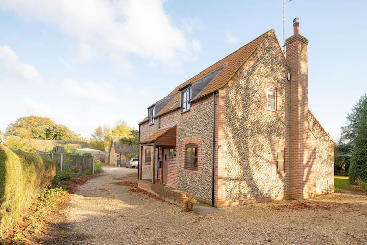 Bexwell Cottage, Wells-next-the-Sea