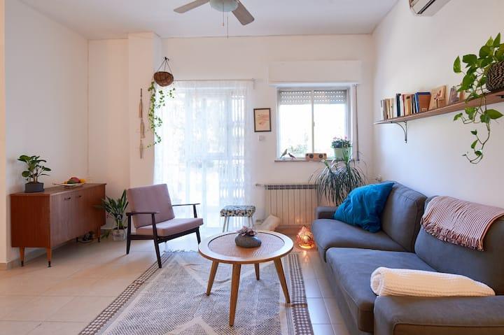 Spacious and renovated apartment- heart of Rehavia