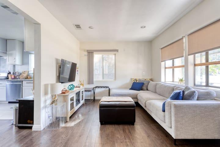 Warm & homey Monrovia Home near Los Angeles - 3B2B