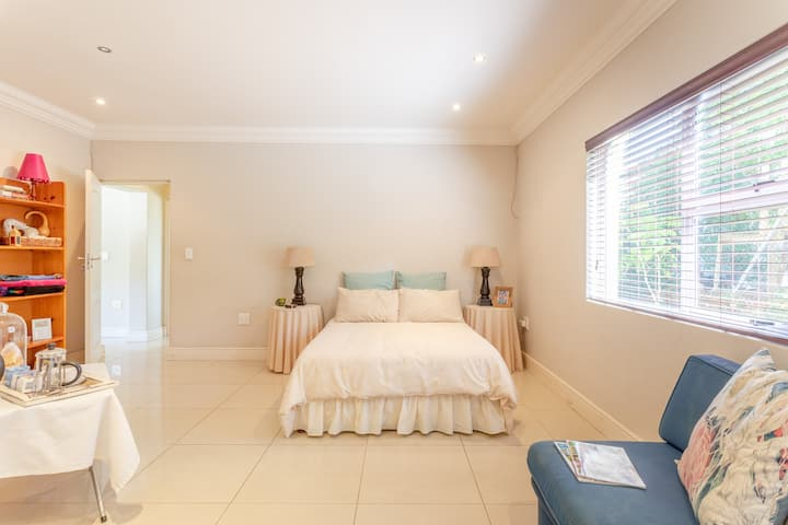 2Hidden Gem, Winelands,8km Strand,5km SomersetMall