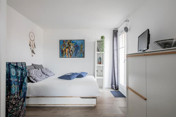 ☀️ Studio calme avec balcon et parking / tram 300m