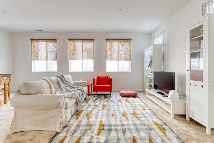 Premium & Cozy 4-beds Single House 豪华温馨舒适全新四房别墅