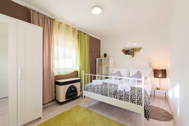 ❤Barbarosa Sweet Dreams Quiet Apartment  Airport👌