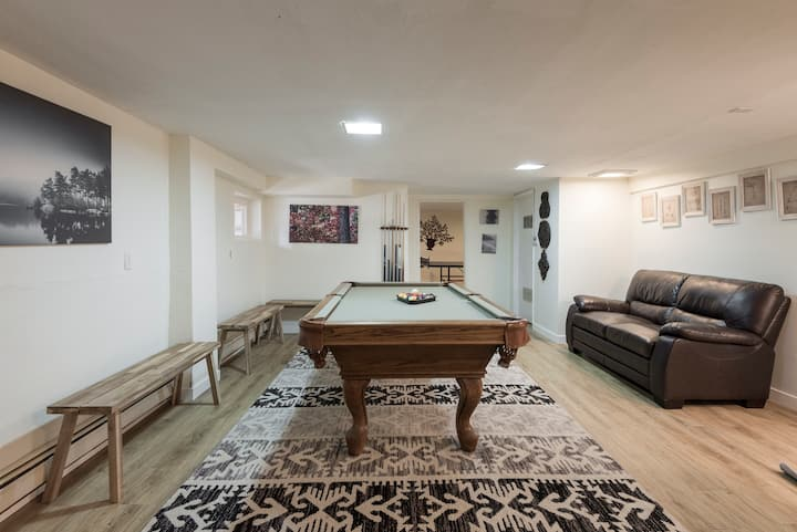 Big and Spacious Tahoe Retreat, come relax with us