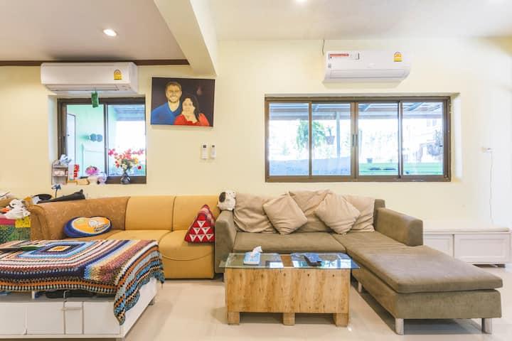 Phuket Chalong Banyan Villa (2 Rooms)