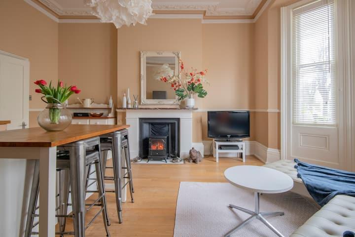 Beautiful Victorian Villa Apartment Hove