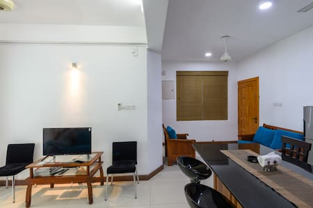 Mount Lavinia, Blue Ocean, Fully AC, Fully Furnish