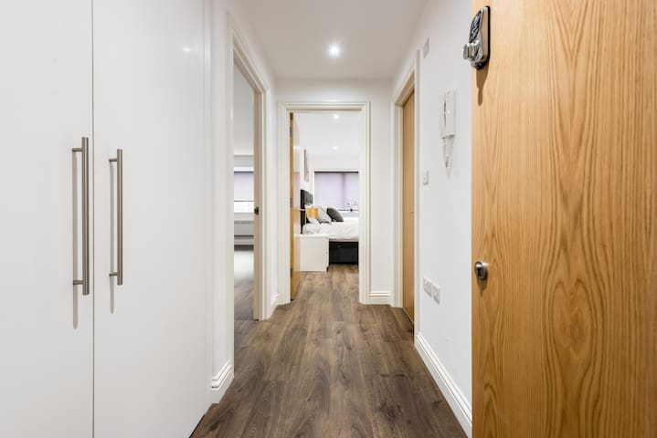 Flat 5 WATFORD CENTRAL SERVICED APARTMENTS