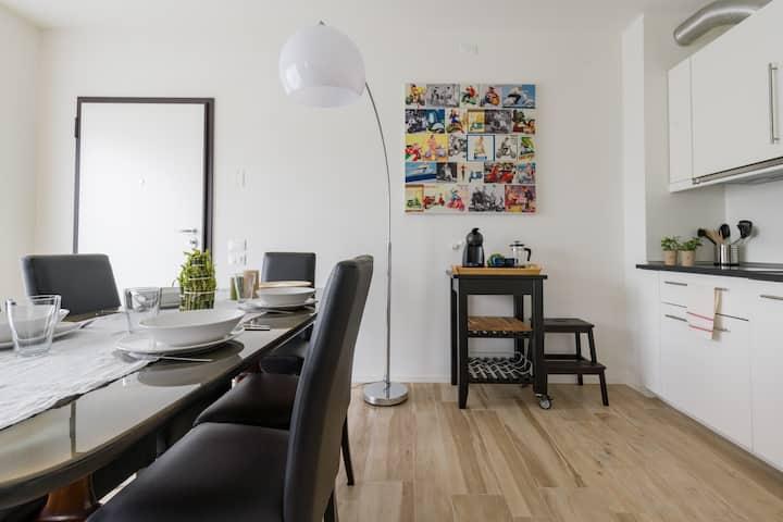 Nuovissimo Eco Apartment View in cortile privato