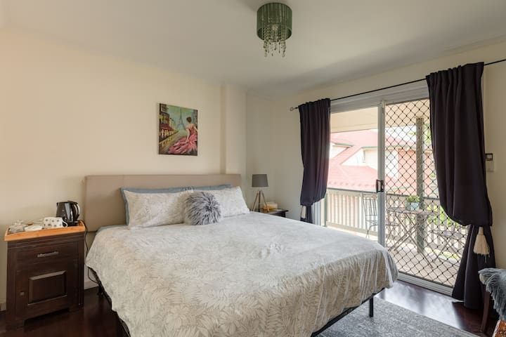 Quiet Room with King Bed & Private Balcony