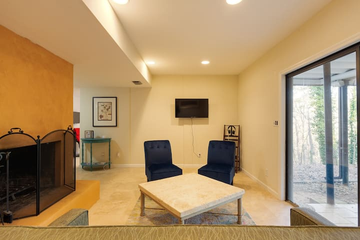 "Extended Stay ""Apartment""  Atlanta-Sandy Springs"