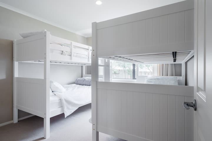 Bunk room, with 4 King Single beds