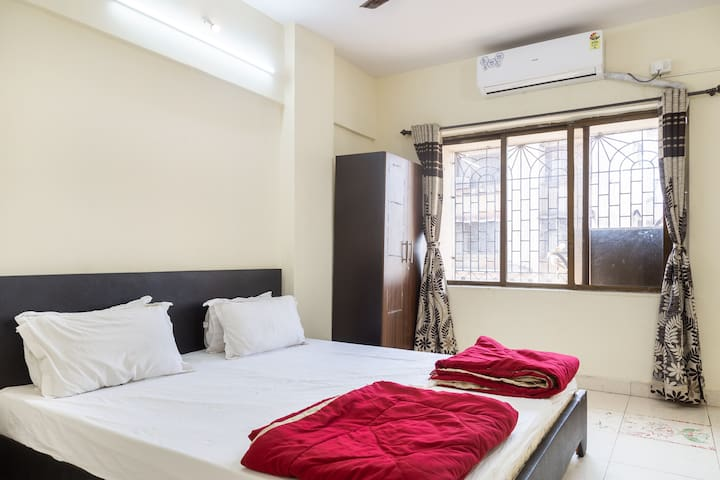An Entire 2 bedroom, in Mumbai 18 mins from BKC