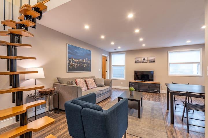 Modern 3BR  Belmont Home