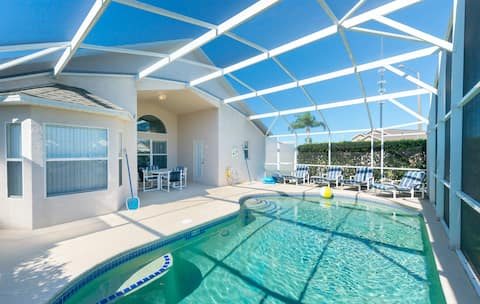 Private Pool Home Close to Disney!