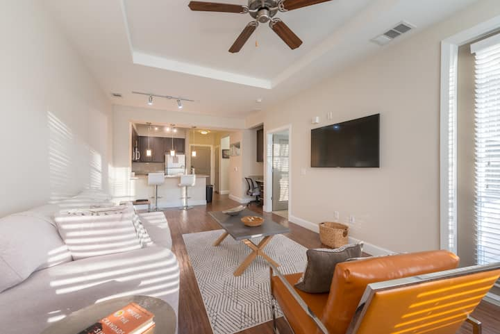 Clean and cozy Apt. Perfect for Social Distancing!