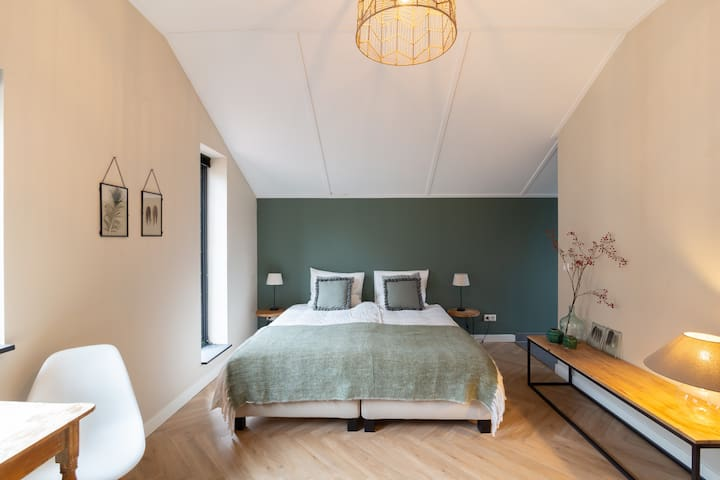 Luxurious Studio in Amsterdam Oost