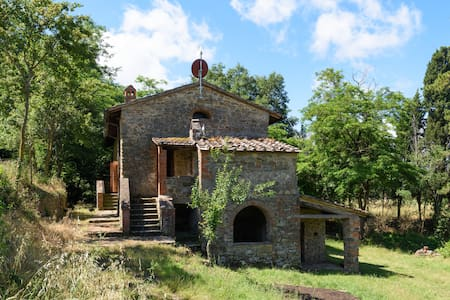 Renovated Mill and Farm near to Arezzo City Centre