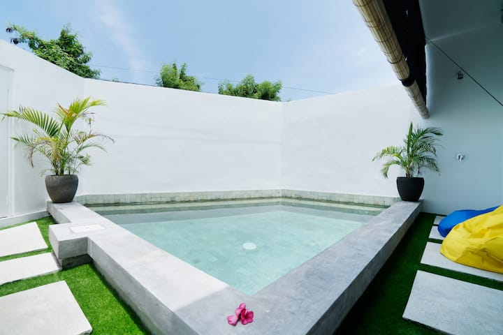 New 2BR Design Villa near Berawa beach, Canggu