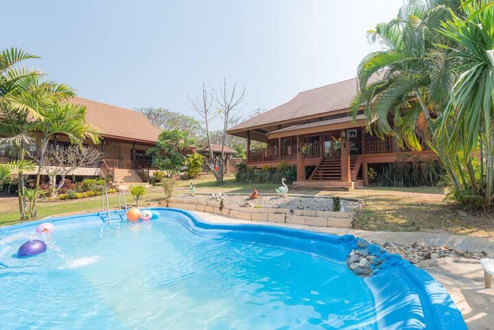 Wipafarmstay(Teak house)