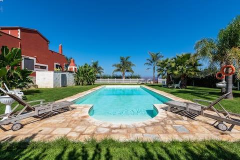 Massaroom: Villa strepitosa con vista mare