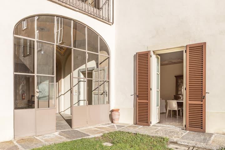 Palazzo Mia - Apt1 by iCasamia