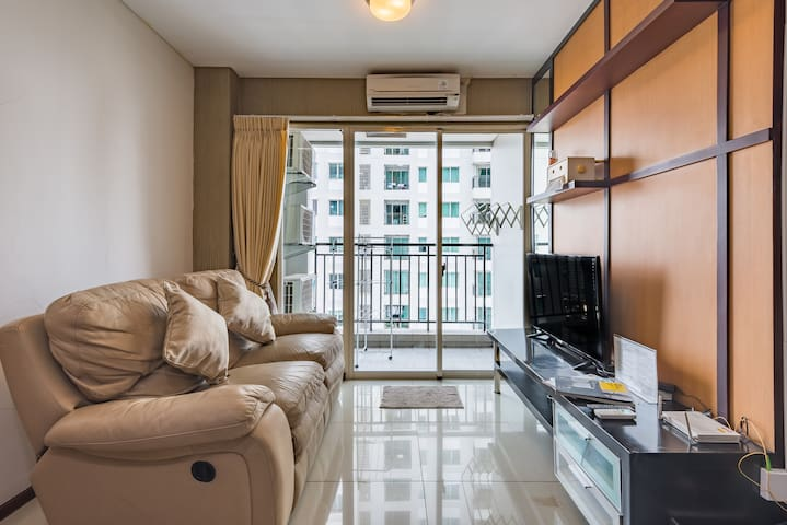 2BR apt, for Work From Home ( wifi up to 50mbps)