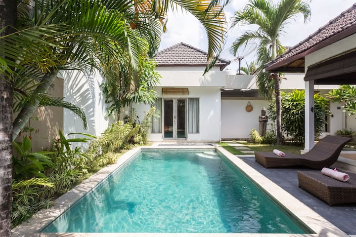 Villa,Seminyak, 2bedrooms,Pool,Wifi