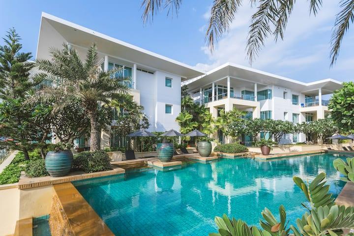 Phuket Exclusive Vacation Karon