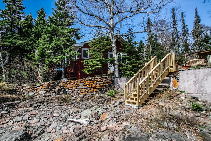 Drom Hytte is a darling Norwegian inspired cabin and long time favorite of North Shore vacationers. Located on the Cascade Beach Road in Lutsen with private, wooded setting and beautiful Lake Superior shoreline, just a short walk to the Cascade River