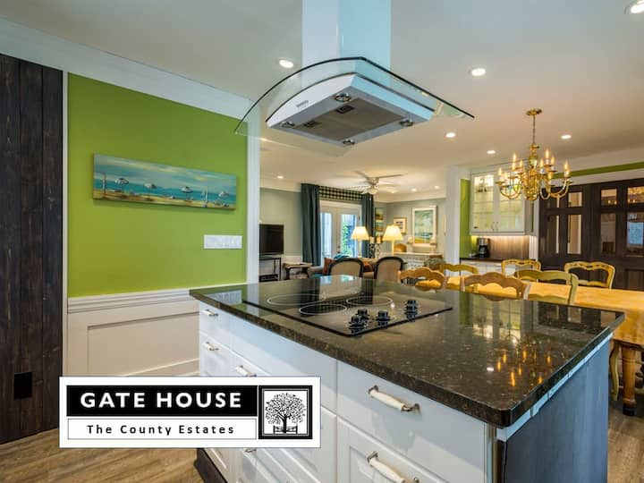 'GATE HOUSE' - 4 mins to Sandbanks closeby Wineries – Comfort – up to 8 guests! (max 8 adults and or kids)