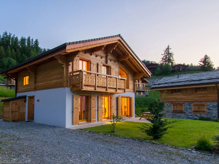 Chalet Orchidée for 8 persons.