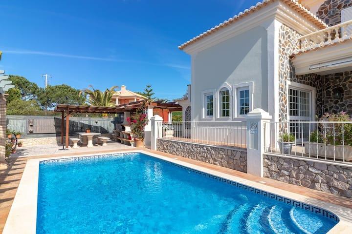 Villa Oliveira, Family villa, BBQ & Pool
