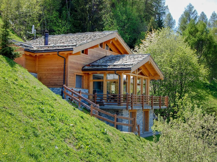 Chalet Arvine for 8 persons.