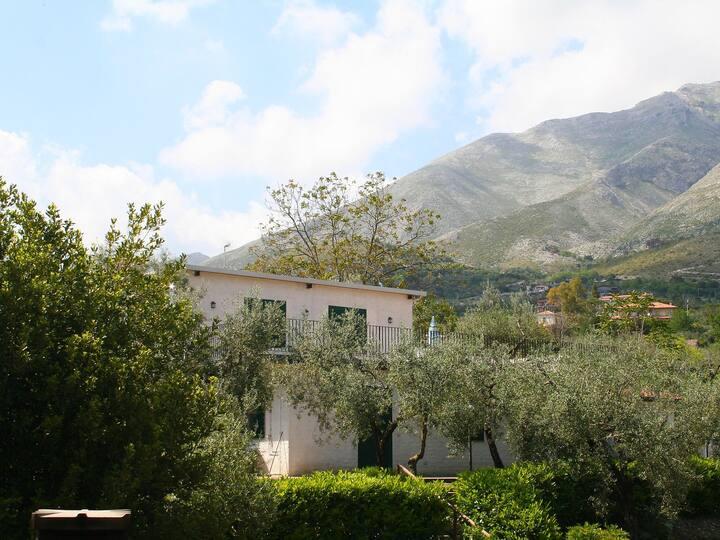 Ponzanello 2-room apartment 45 m² in Formia