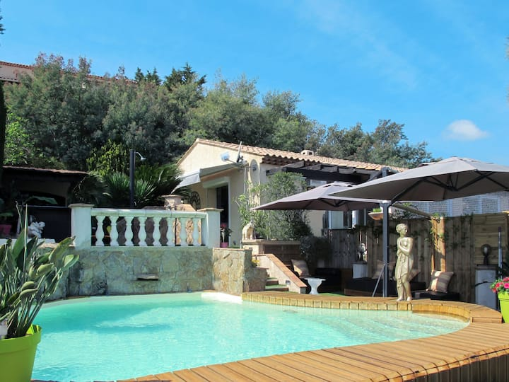 3-Room Holiday home in Les Issambres