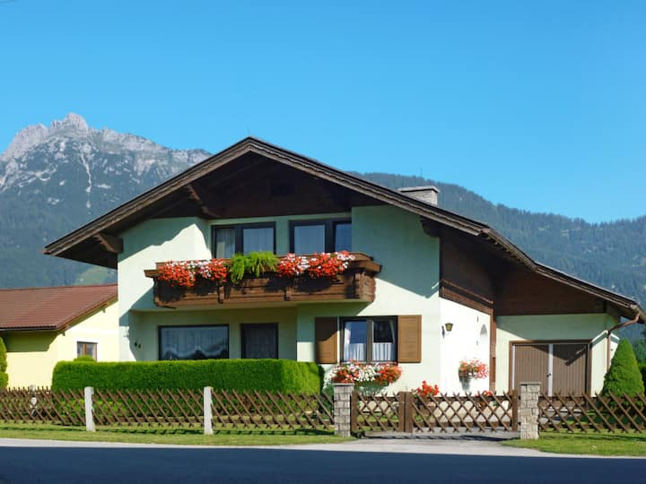 Holiday home Katharina in a relaxing rural setting