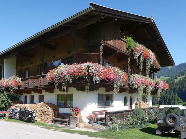 Oberweissbach (WIL315) for 5 persons.