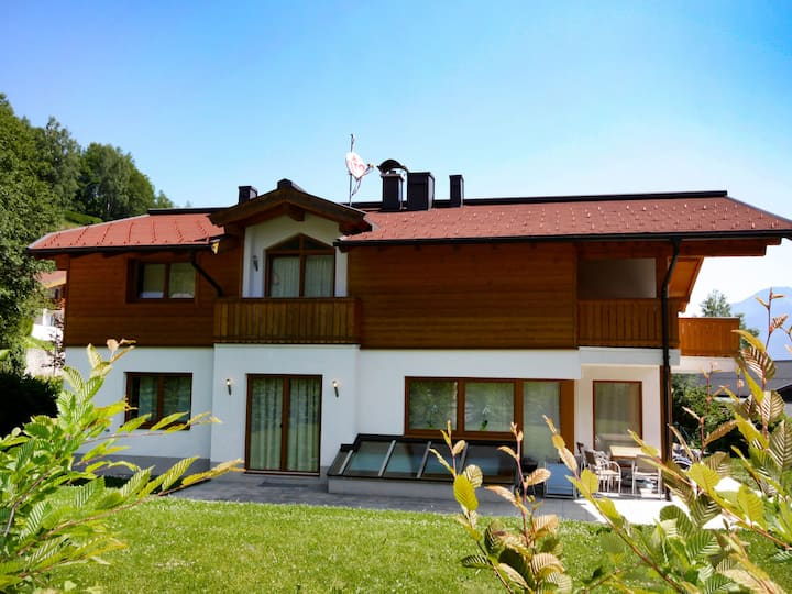 Haus Liz - 5 Star for 10 persons.