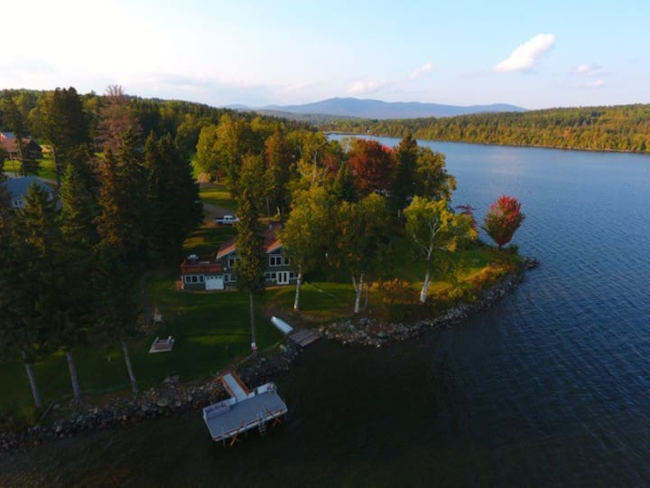 Chartier - Spacious home with nice grass area leading to Rangeley Lake